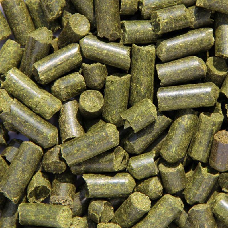 Травяная  люцерновая мука (гранулы)